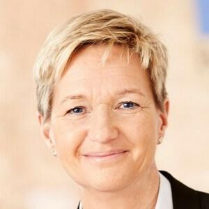 http://www.worldagritechusa.com/wp-content/uploads/2017/01/World-Agri-Tech-Innovation-Summit-Speaker-Karin-Wehlin.jpg